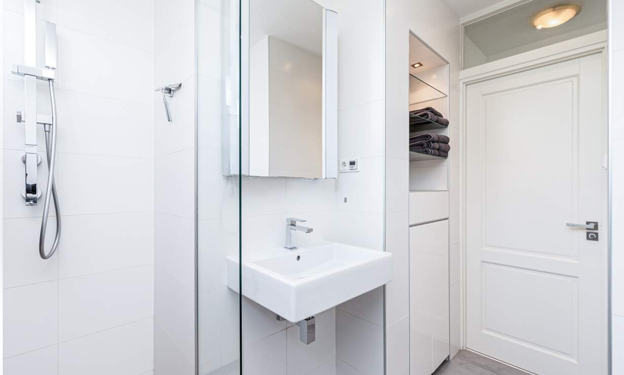 €1,950 / 2br - 100m2 - Furnished 2 Bedroom Apartment Available Now (Amsterdam South) - Upload photos 12