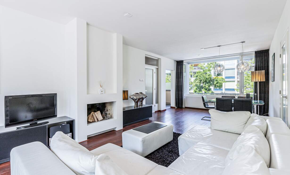 €1,950 / 2br - 100m2 - Furnished 2 Bedroom Apartment Available Now (Amsterdam South) - Upload photos 2
