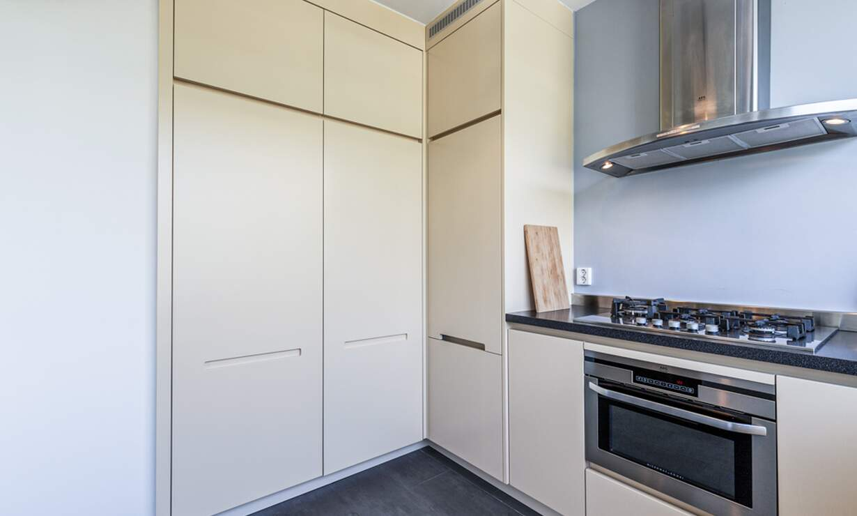 €1,950 / 2br - 100m2 - Furnished 2 Bedroom Apartment Available Now (Amsterdam South) - Upload photos 6