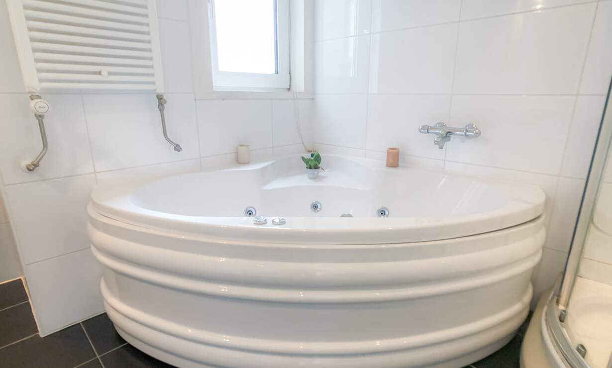 €1,350 / 1br - 48m2 - Furnished 1 Bedroom Apartment from 1 April (Amsterdam Zeeheldenbuurt) - Upload photos 9
