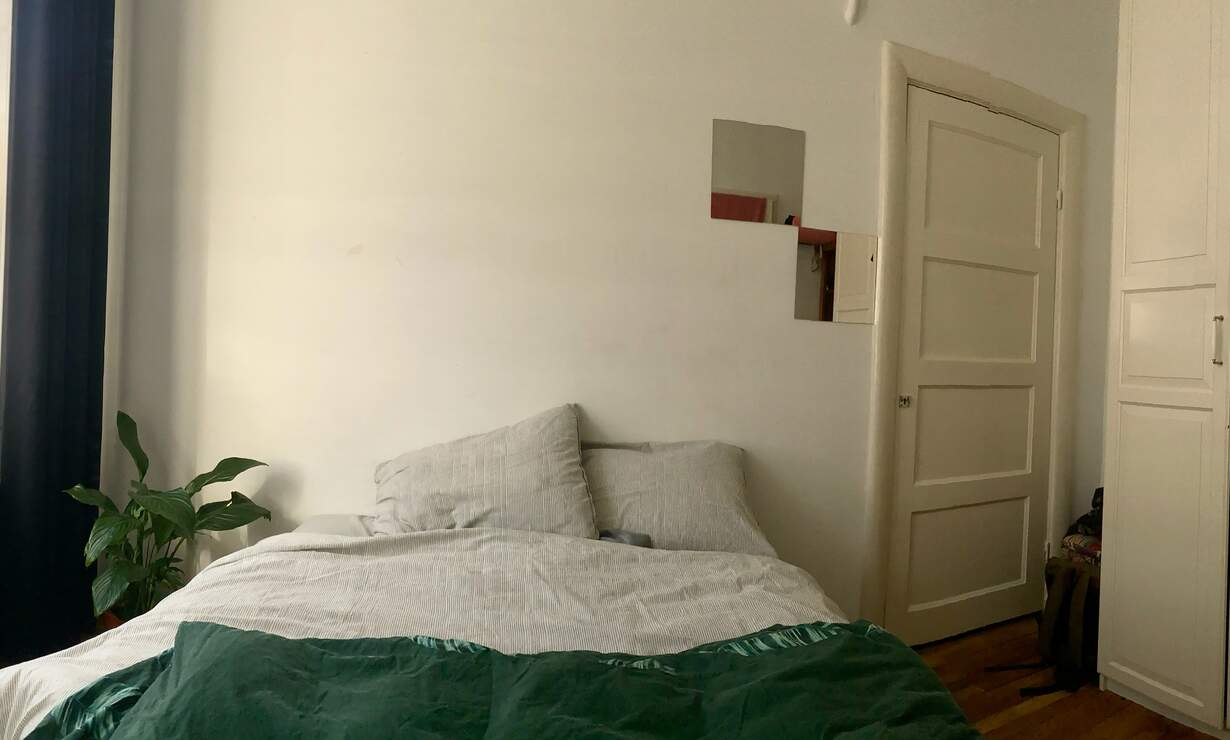 SPACIOUS apartment to share for LADIES - Upload photos 4