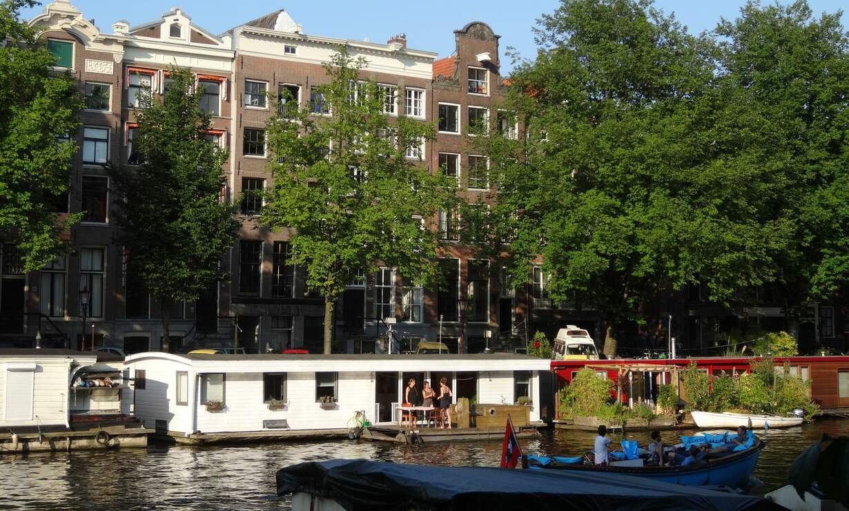 Apartment in 17th century Canal House - stellar view (with workplace)  - Upload photos 8