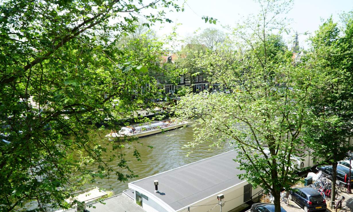 Apartment in 17th century Canal House - stellar view!  - Upload photos 14