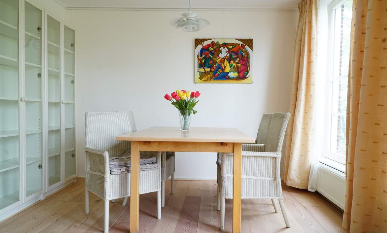 Apartment in 17th century Canal House - stellar view (with workplace)  - Upload photos 6