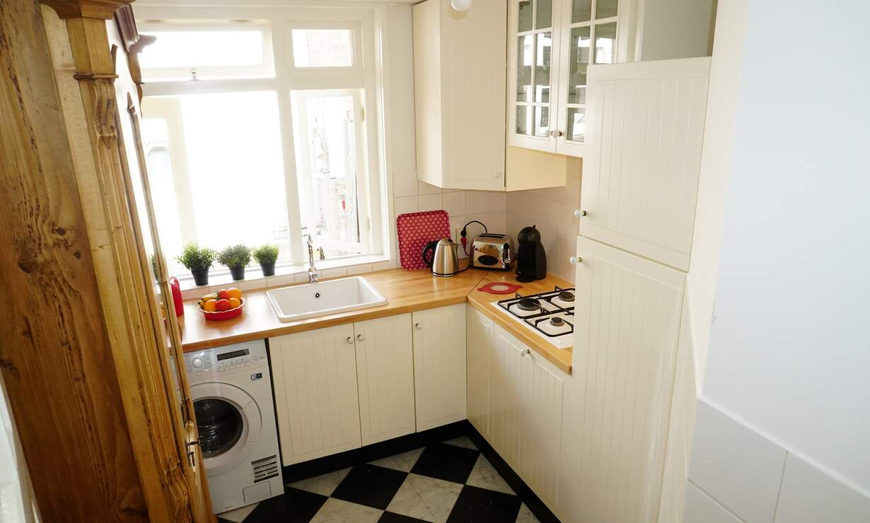 Apartment in 17th century Canal House - stellar view!  - Upload photos 11