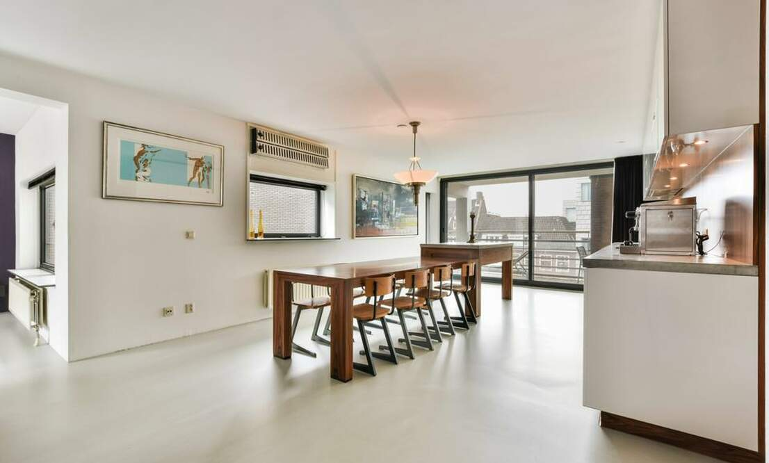 €2,250 / 1br - 125m2 - Unique 1 Bedroom Apartment Available Now (Amsterdam Center) - Upload photos 3