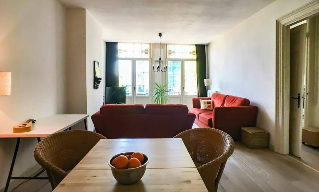 €1,650 / 2br - 75m2 - Furnished 2 Bedroom Apartment from 1 June (Amsterdam Old South) - Upload photos 6
