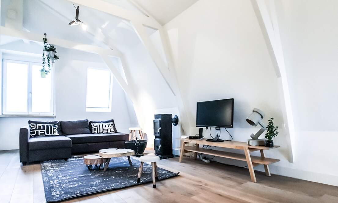 NEW: €1.775 / 1br - 70m2 - Furnished 1 Bedroom Apartment from 15 June (Amsterdam Pijp) - Upload photos