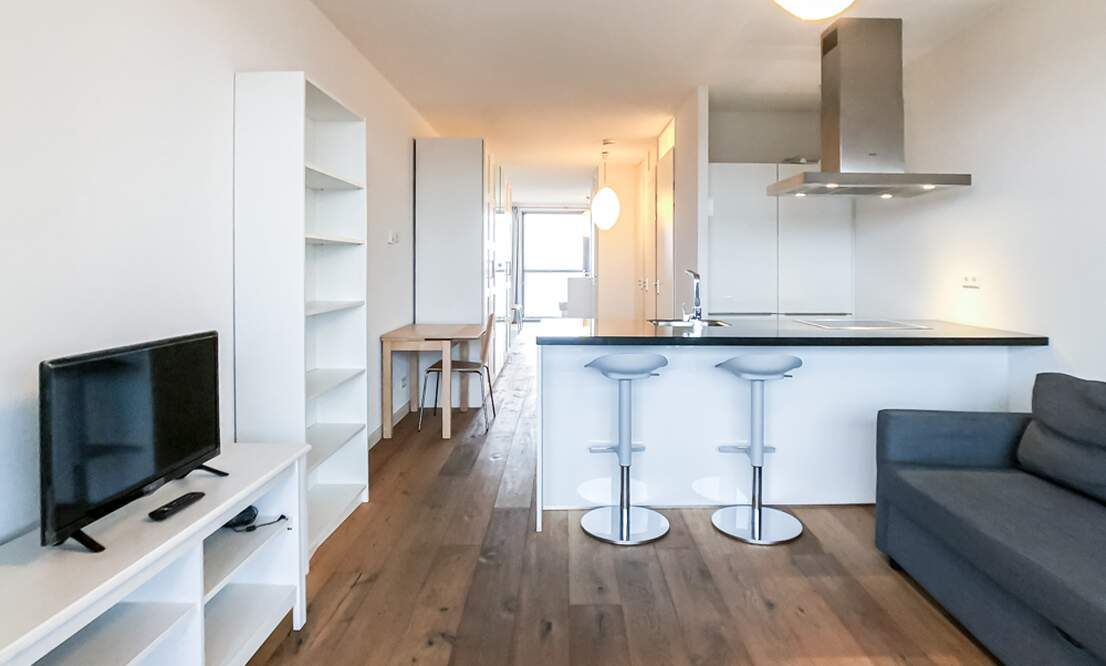 €1.350 / 50m2 - Furnished Open Plan Apartment Available Now (Amsterdam Houthavens) - Upload photos 2