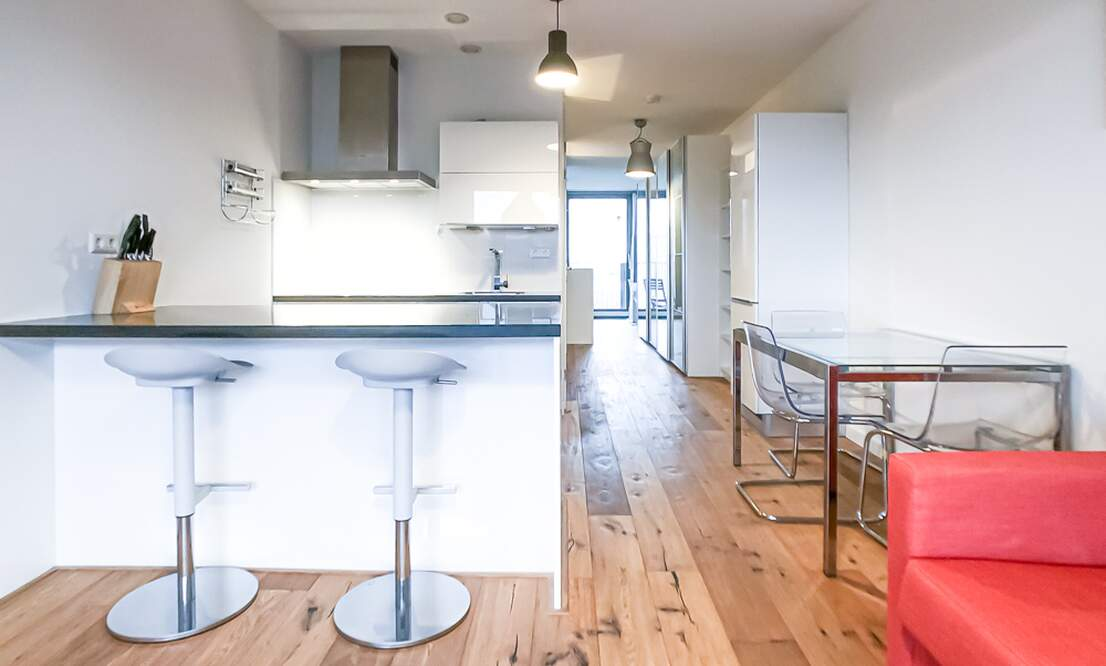 €1,350 / 50m2 - Furnished Studio Apartment Available Now (Amsterdam Houthavens) - Upload photos 2