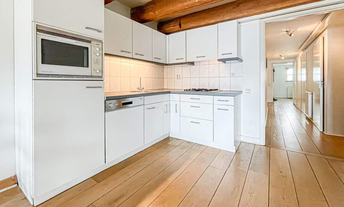 €1.475 / 1br - 66m2 - Furnished 1 Bedroom Apartment Available Now (Amsterdam Center) - Upload photos 6
