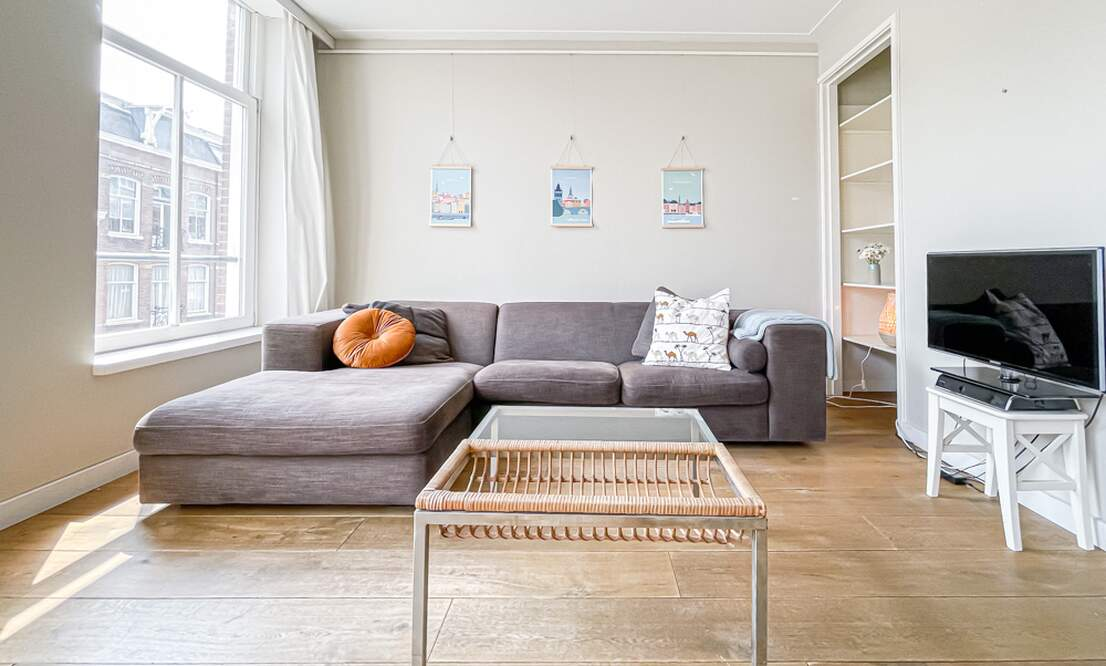 NEW: €1.875 / 2br - 72m2 - Furnished 2 Bedroom Apartment Available Now (Amsterdam Pijp) - Upload photos