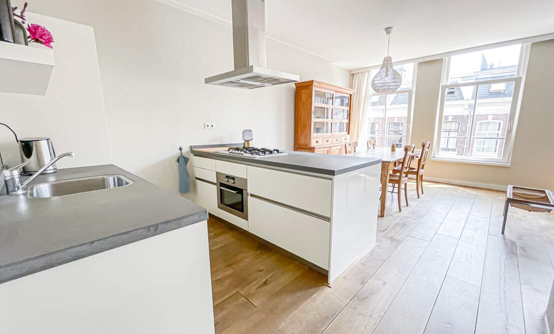 NEW: €1.875 / 2br - 72m2 - Furnished 2 Bedroom Apartment Available Now (Amsterdam Pijp) - Upload photos 9