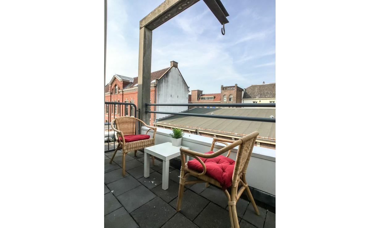 €1,075 / 1br - 50m2 - Furnished 1 Bedroom Apartment Available Now (Amsterdam Center) - Upload photos 8