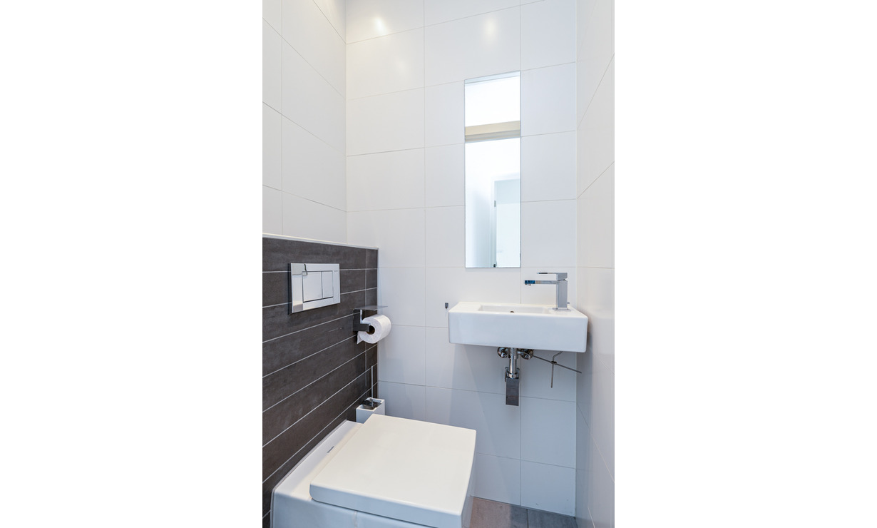 €1,950 / 2br - 100m2 - Furnished 2 Bedroom Apartment Available Now (Amsterdam South) - Upload photos 16