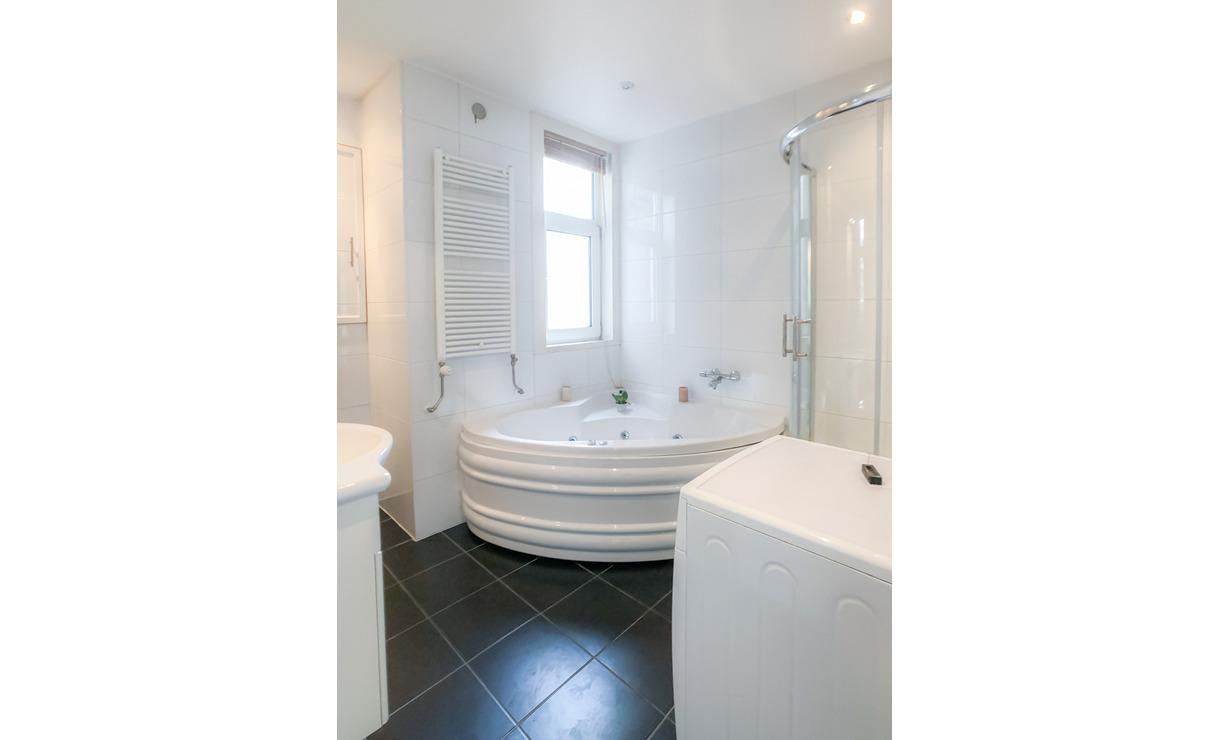 €1,350 / 1br - 48m2 - Furnished 1 Bedroom Apartment from 1 April (Amsterdam Zeeheldenbuurt) - Upload photos 7