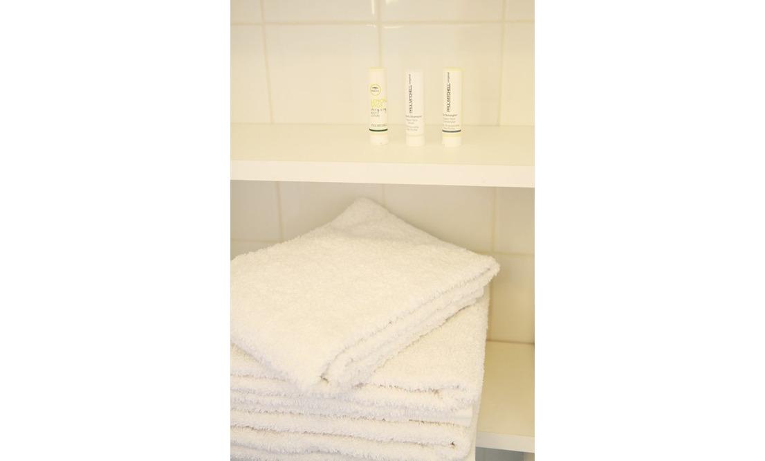 €1.375 / 1br - 60m2 - Furnished 1 Bedroom Apartment Available Now (Amsterdam Oostelijke Eilanden) - Upload photos 3