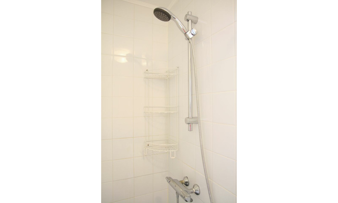 €1.375 / 1br - 60m2 - Furnished 1 Bedroom Apartment Available Now (Amsterdam Oostelijke Eilanden) - Upload photos 5