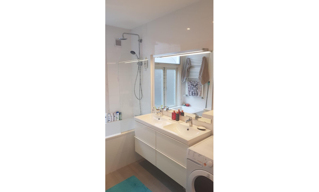 Sunny Canal Apartment  - Upload photos 12