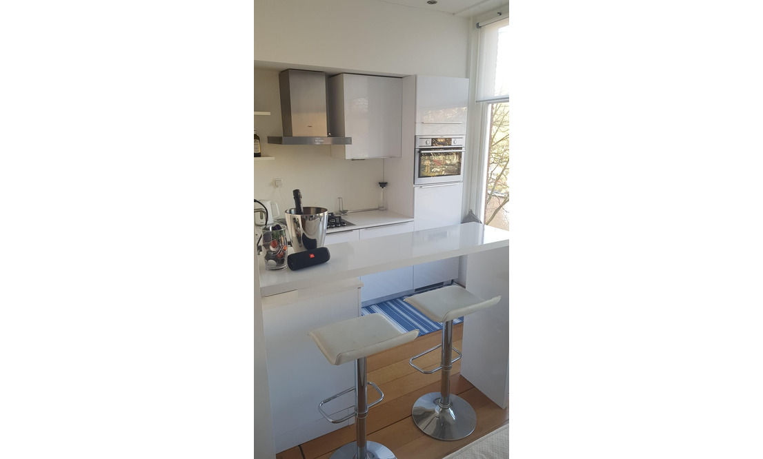 Sunny Canal Apartment  - Upload photos 5