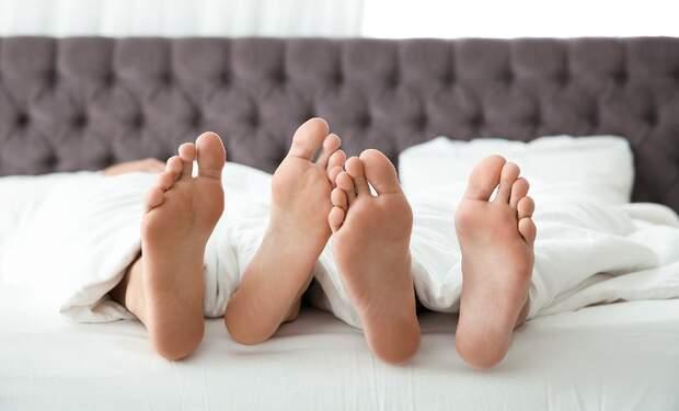 Sex during the coronavirus pandemic: erotic recess or turn-off?