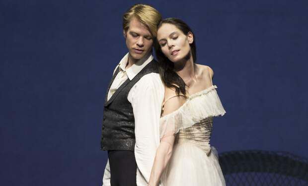 Dutch National Ballet presents La Dame aux Camélias
