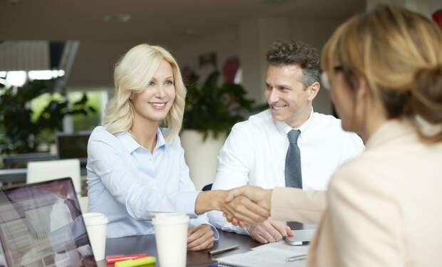 Buying a property with the help of a real estate agent