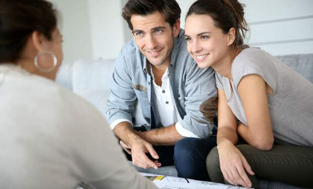 5 reasons why you should have a real estate agent sell your house