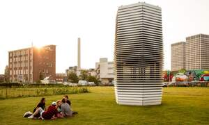 Dutch designer Roosegaarde takes innovative anti-smog tower to China