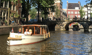 Amsterdam Boat Center - Classic Canal Cruises and Private Boat Tours