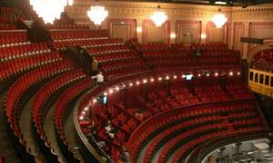 The Carré Theatre and its circus origins