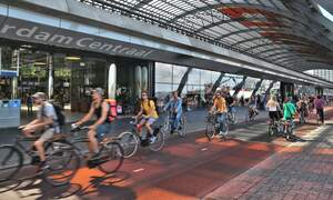 Dutch House of Representatives supports ban on scooters on the bicycle path