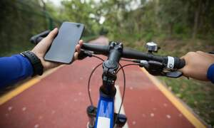 Dutch cycling while texting ban comes into effect on Monday