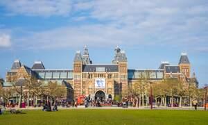 143 arrested following illegal anti-coronavirus protest in Amsterdam