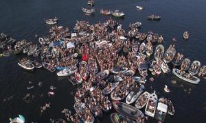 Plans for special coronavirus-proof music festival in Amsterdam