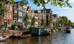 Holiday apartment rentals permitted in Amsterdam
