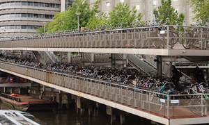 Amsterdam to add 38.000 bicycle parking places by 2020