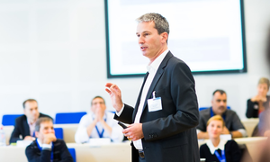 Live the Executive MBA experience for a day at Kellogg-WHU