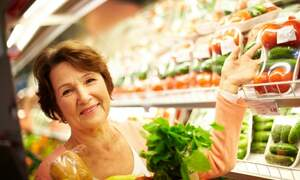 Supermarkets in The Hague to provide extra support for elderly