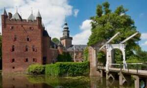 CEO of TCS receives honorary doctorate from Nyenrode University