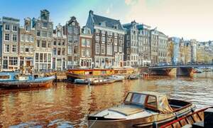Amsterdam ranks 11th in global city livability index