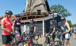 Tour de Amsterdam: Discover Amsterdam on a road bike