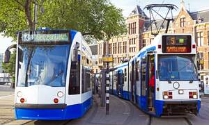 Dutch find public transport convenient but tickets problematic