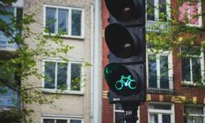 Remote control traffic lights in The Hague