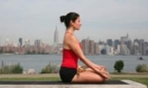 Yoga & Expats: Benefits of yoga & Basic meditation instructions