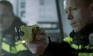 Dutch police try out Tasers in year-long trial