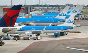 KLM pilots threaten to strike over pay and work pressure