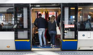 450 fines issued in the Netherlands to public transport travellers without masks