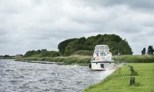 [Video] Dutch storm creates chaos