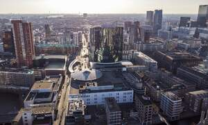 [Video] Professional dancers on the rooftops of iconic buildings in Rotterdam